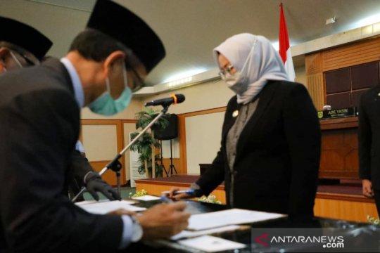 Rombak pejabat, Bupati Bogor tegaskan ASN serius tangani pandemi