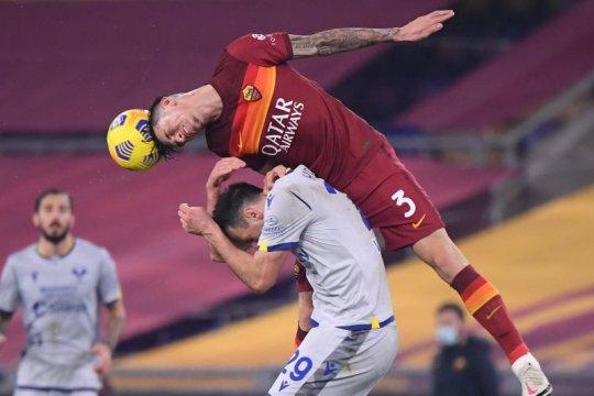 Roger Ibanez perpanjang kontrak dengan Roma