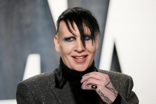 Dituding melakukan kekerasan, Marilyn Manson dipecat dari label