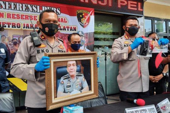 Polrestro Jaksel tangkap penipu mengaku calon Kapolres Tangerang Kota