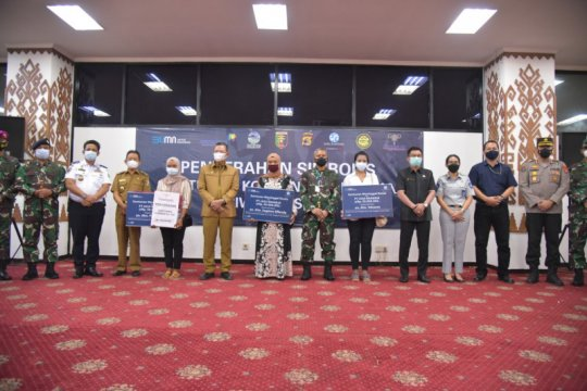 Ahli waris tiga korban pesawat Sriwijaya Air SJ-182 terima santunan
