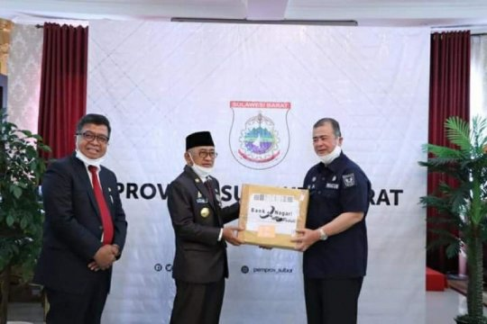 Sumbar bantu 150 kilogram rendang kepada korban gempa di Sulbar
