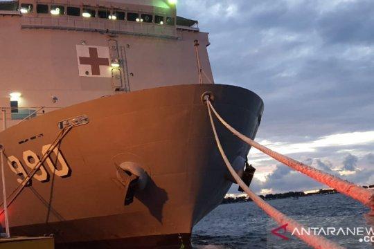 Prajurit Lantamal VI lepas KRI dr SHS-990 ke Surabaya