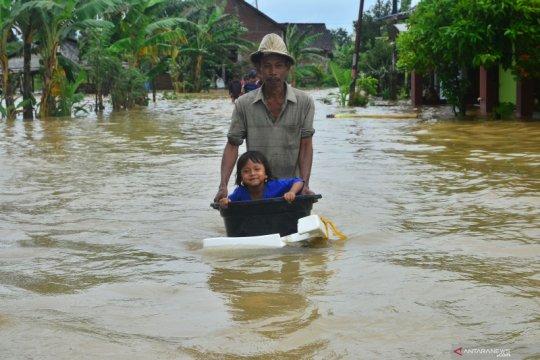 Banjir akibat meluapnya Sungai Wulan di Kudus meluas