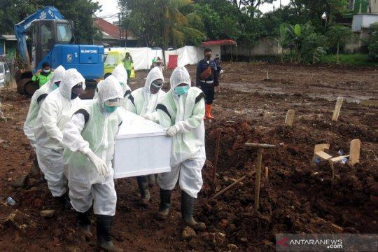Anies: Lahan makam disiapkan, namun fokus utama tekan penularan wabah