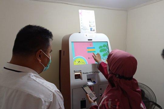 Disdukcapil Padang luncurkan mesin Anjungan Dukcapil Mandiri