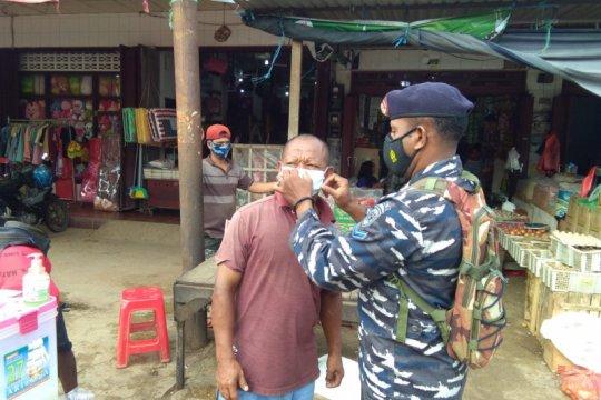 TNI AL motivasi masyarakat Papua peduli protokol kesehatan