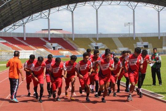 Fakhri Husaini mulai latih tim sepak bola PON Aceh