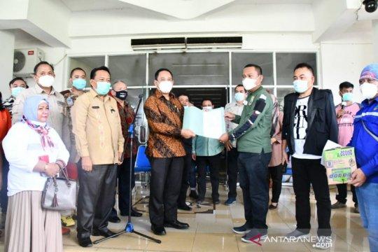 Pemkab Gorontalo Utara bantu korban banjir Manado