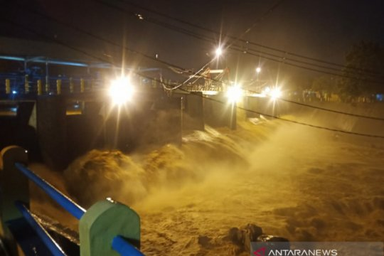Katulampa Siaga III akibat hujan deras