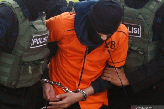 Terduga teroris dari Makassar tiba di Bandara Soetta