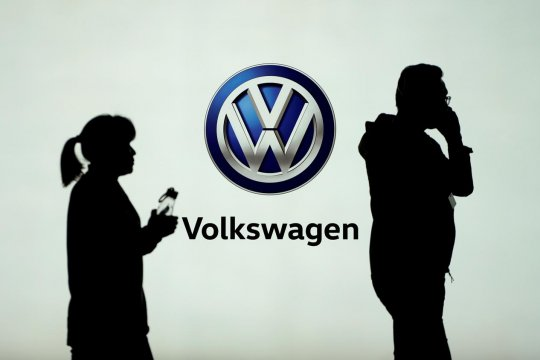 VW desak Eropa produksi chip semikonduktor sendiri