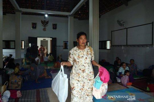 Bantu logistik korban banjir, Dinsos Jombang dirikan dapur umum