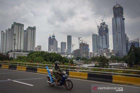 Ekonom proyeksikan ekonomi Indonesia 2021 tumbuh positif
