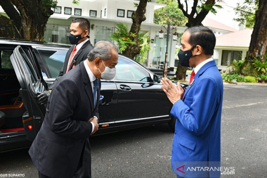 Presiden Jokowi-PM Muhyiddin minta pertemuan menlu ASEAN bahas Myanmar