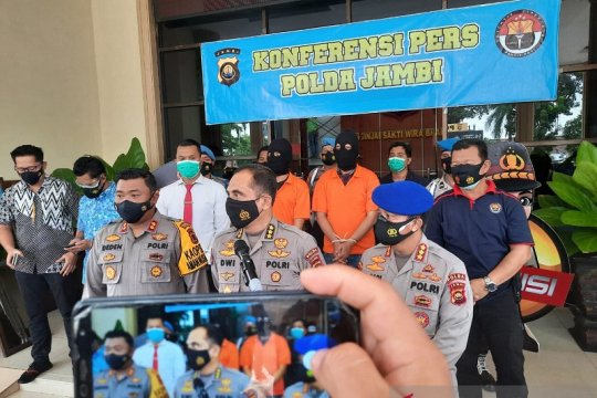 Anggota sindikat penyelundup benih lobster ditangkap Polres Tanjabtim