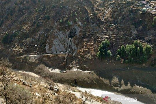 Ratusan orang dikhawatirkan tewas akibat semburan gletser di India