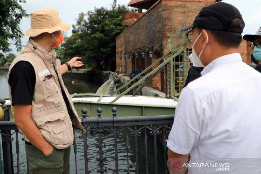 Ganjar mendapati pompa penyedot banjir tidak difungsikan saat inspeksi