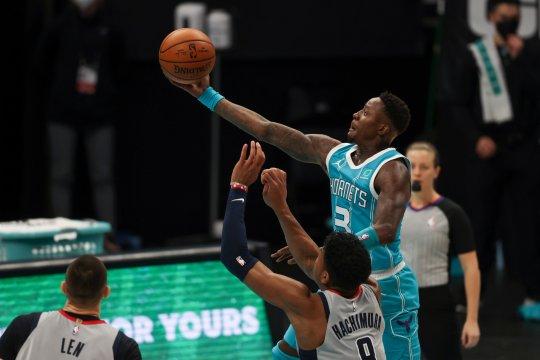 Malik Monk cetak 29 poin saat Hornets salib Suns untuk menang