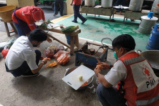 PMI Jaksel dirikan dapur umum untuk warga terdampak banjir