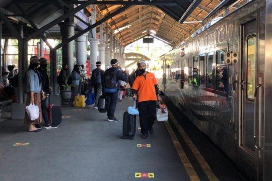 Daop Surabaya tambah perjalanan KA pada 2021