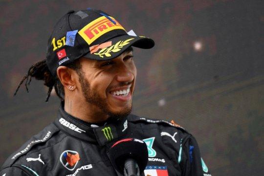 Kontrak satu tahun membuat masa depan Hamilton dipertanyakan