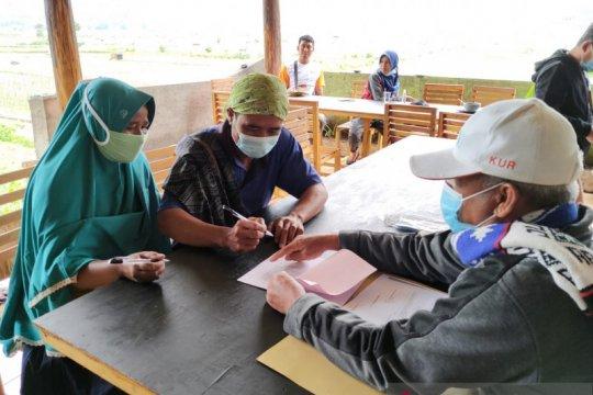 BNI salurkan KUR kepada 200 petani cabai di Sembalun Lombok