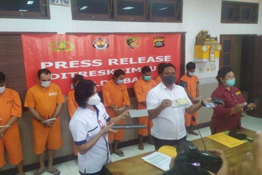 """Polda Bali ringkus dua komplotan """"skimmer"""" jaringan internasional"""
