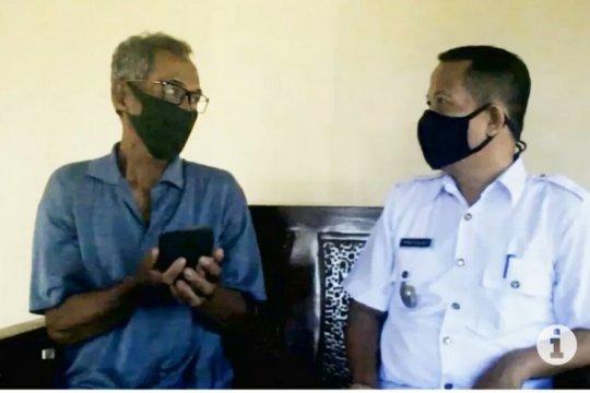 Warga Astomulyo Lampung hendak jual batu meteor miliknya