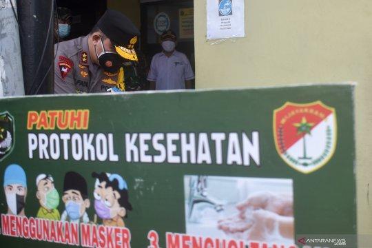 Kapolda Metro dan Pangdam Jaya semangati warga yang isolasi mandiri