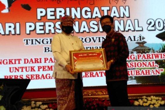 PWI berikan penghargaan kepada Gubernur Bali