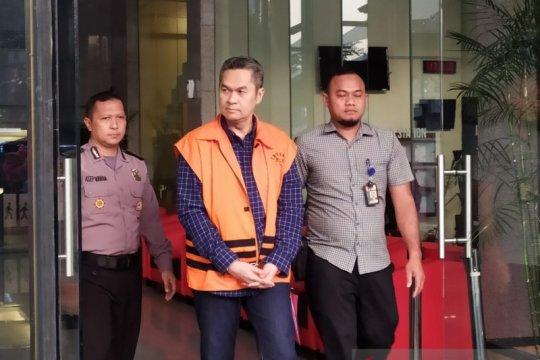KPK mengeksekusi mantan Dirkeu AP II Andra Agussalam ke Lapas Cibinong