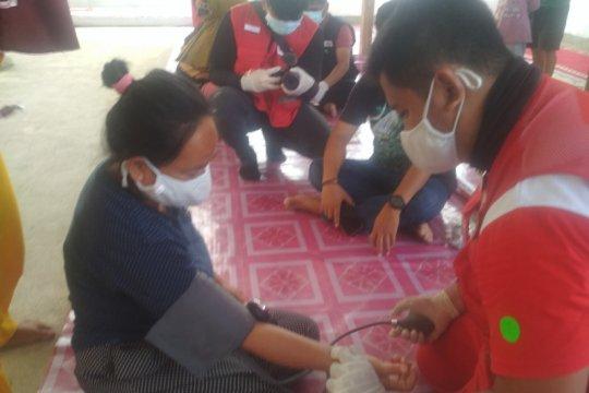 PMI gelar pemeriksaan kesehatan dan pemberian vitamin di pengungsian