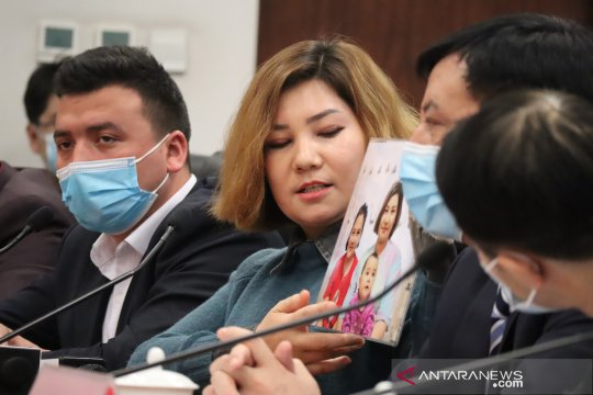 Otoritas Xinjiang gelar temu media dan lulusan kamp vokasi Uighur