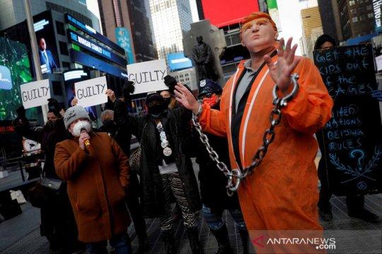Teaterikal dukung hukuman bagi Trump