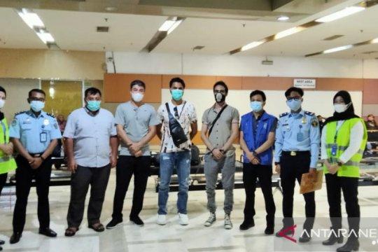 Empat pengungsi Timur Tengah dipindahkan ke Jakarta