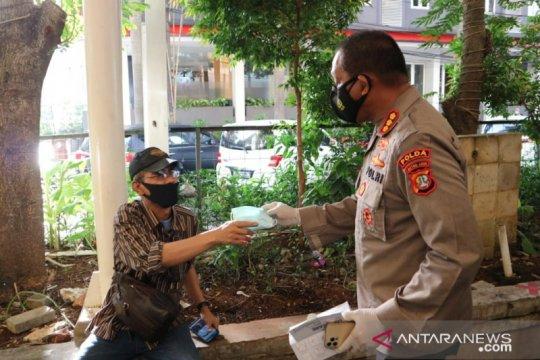 Polda Metro: Pakai masker harga mati, tidak pakai masker bisa mati!