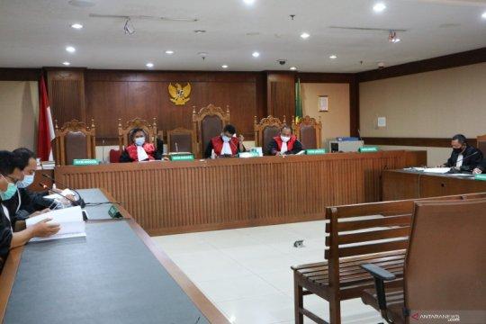Jaksa paparkan puluhan barang mewah pembelian Edhy Prabowo