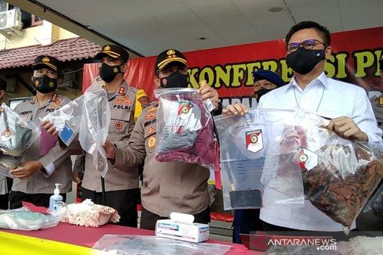 Polisi menangkap pelaku pembunuhan satu keluarga di Rembang, Jateng