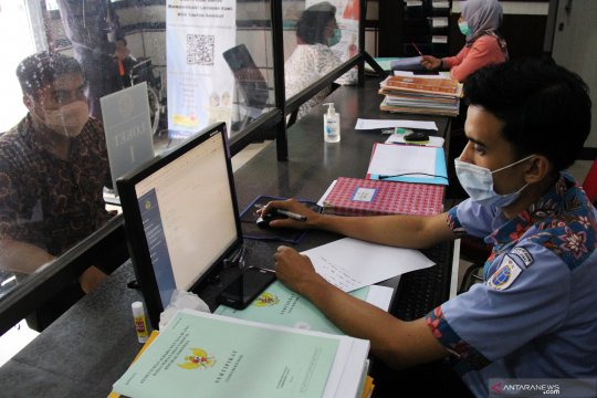 Anggota DPR apresiasi Menteri ATR tunda berlakukan e-sertifikat
