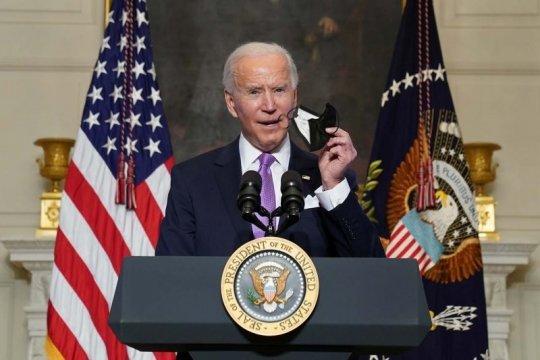 Sidang pemakzulan Trump berakhir, Biden dorong agendanya di televisi