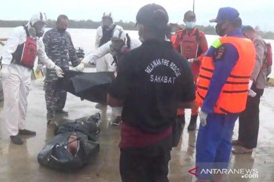 Tim SAR temukan tiga jasad setelah kapal meledak di Samarinda