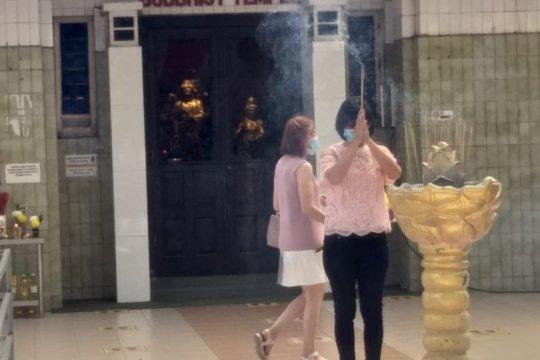 Prokes ketat diterapkan saat Imlek di Vihara Borobudur Medan