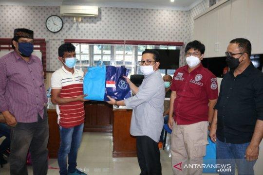 Usai negatif COVID-19, lima nelayan yang dibebaskan India tiba di Aceh