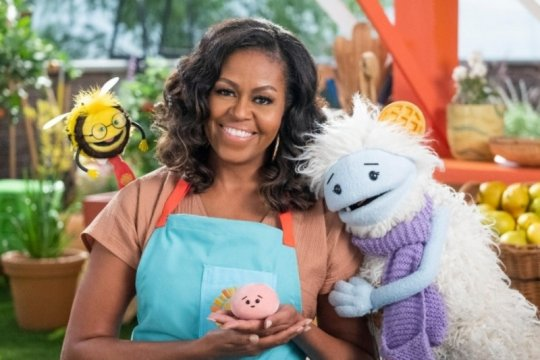 "Michelle Obama akan bertualang dalam serial anak ""Waffles + Mochi"""
