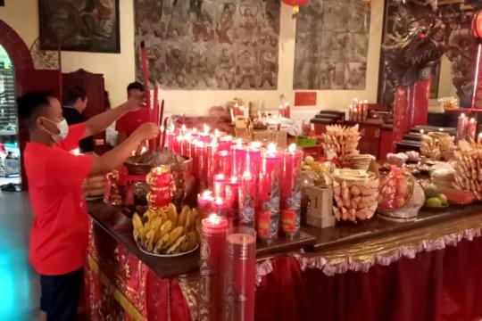 Mayoritas warga Tionghoa di Tulungagung pilih rayakan Imlek di rumah