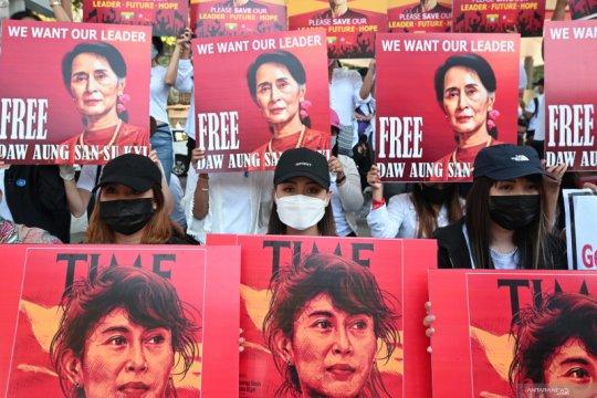 Aksi protes tuntut pembebasan Aung San Suu Kyi