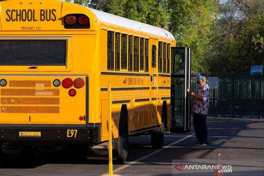 Sekolah-sekolah AS akan buka kembali di tengah pandemi