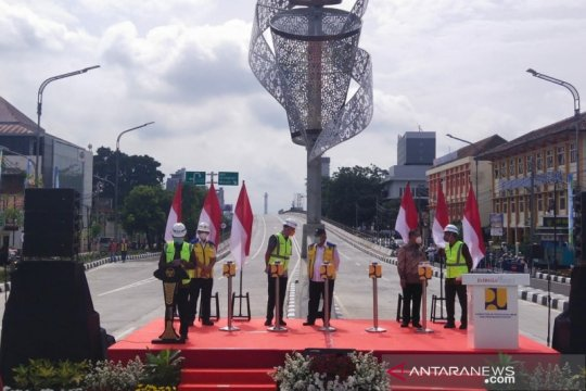 Jalan layang Purwosari kado Menteri PUPR kepada Wali Kota Surakarta