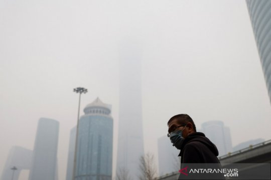 """Polusi udara bunuh ribuan orang di kota besar meski ada """"lockdown"""""""